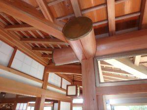 千葉県館山市亀ヶ原の不動産 田舎暮らし物件 日本家屋 見事な軒下の一本丸太