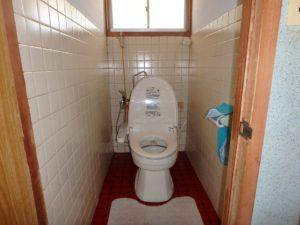 千葉県鴨川市江見吉浦の不動産 中古住宅 海そばの物件 トイレの仕様は簡易水洗