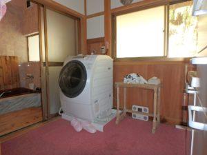 千葉県館山市亀ヶ原の不動産 田舎暮らし物件 日本家屋 洗面脱衣室です