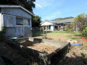 千葉県鴨川市江見吉浦の不動産 中古住宅 海そばの物件 敷地広いです