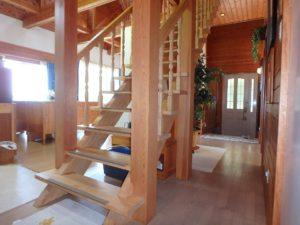千葉県館山市浜田の不動産 海が見える別荘 海一望の物件 続いて2階に上がります