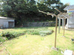 千葉県鴨川市江見吉浦の不動産 中古住宅 海そばの物件 一段高い箇所も対象地