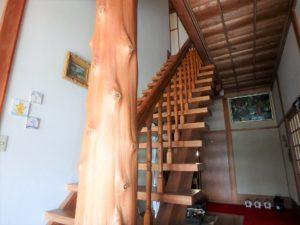 千葉県館山市亀ヶ原の不動産 田舎暮らし物件 日本家屋 立派な階段を上がり2階へ