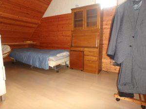 千葉県館山市浜田の不動産 海が見える別荘 海一望の物件 2階屋根裏の洋室