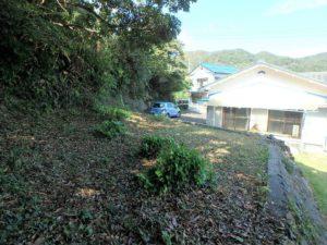 千葉県鴨川市江見吉浦の不動産 中古住宅 海そばの物件 一段高い敷地です