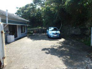 千葉県鴨川市江見吉浦の不動産 中古住宅 海そばの物件 駐車スペースも余裕あり