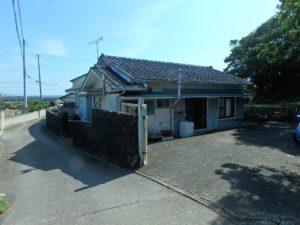 千葉県鴨川市江見吉浦の不動産 中古住宅 海そばの物件 直ぐに海に出れますね