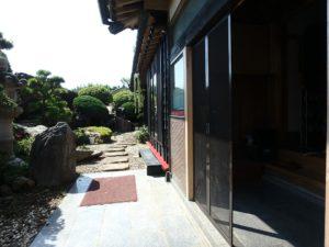 千葉県館山市亀ヶ原の不動産 田舎暮らし物件 日本家屋 続いて外側を見ます