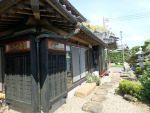 千葉県館山市亀ヶ原の不動産 田舎暮らし物件 日本家屋 戸箱の細工も素晴らしい