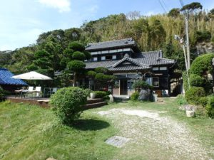 千葉県館山市亀ヶ原の不動産 田舎暮らし物件 日本家屋 四季の移ろいに調和する外観