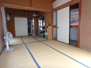 千葉県鴨川市江見吉浦の不動産 中古住宅 海そばの物件 ここは皆でゴロ寝ですね