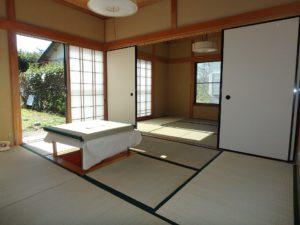 千葉県館山市見物の不動産 中古住宅 海浜エリア リフォーム済み DKに隣接して和室が二間