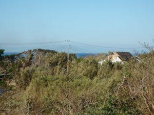 千葉県館山市見物の不動産 中古住宅 海浜エリア リフォーム済み 微かですが2階から海遠望