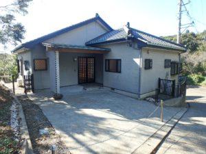 千葉県館山市岡田の不動産、山の中の別荘、田舎移住、木立に囲まれた優しい環境