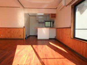 千葉県館山市岡田の不動産、山の中の別荘、田舎移住、奥まってキッチンスペース
