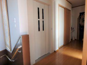 千葉県館山市の戸建て不動産,海が見える,豪華仕様,2階へ上がりました