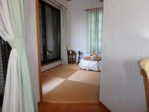 千葉県館山市の戸建て不動産,海が見える,豪華仕様,バルコニー側に置畳の部屋