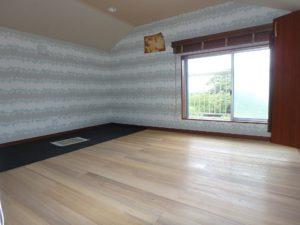 千葉県館山市加賀名ポピーランドの不動産,中古戸建,別荘,菜園付き,ロフトからは海が見えます