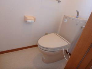 千葉県館山市加賀名の不動産,ポピーランド別荘地,海が見える物件,海望む別荘,隣接して2階トイレです