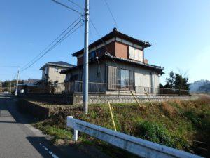 千葉県南房総市山下の不動産,旧三芳村中古住宅,リフォーム済,田舎暮らし移住,接道側から見てます