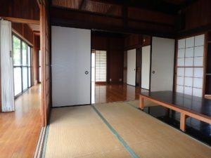 千葉県館山市沼の不動産、中古戸建、別荘、広い敷地、キャンプ用地、海一望、オーシャンビュー、縁側廊下も良い感じです