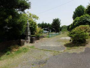 千葉県館山市沼の不動産、中古戸建、別荘、広い敷地、キャンプ用地、海一望、オーシャンビュー、続いて敷地内を歩きます