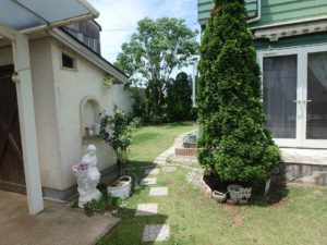 千葉県館山市薗の不動産、中古戸建、売家、九重地区、田舎暮らし、移住、南側にある庭へ移動