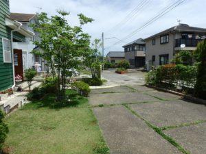 千葉県館山市薗の不動産、中古戸建、売家、九重地区、田舎暮らし、移住、道路側に行って見ます