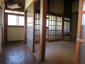千葉県館山市宮城の不動産、古家付き土地、田舎暮らし、二地域居住、DIY物件、ぐるっと縁側廊下