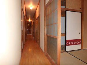 千葉県館山市宮城の不動産、中古住宅、山林、別荘、移住、リモートワーク、二地域居住、廊下振り分けで更に4部屋