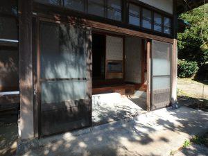 千葉県南房総市富浦町深名の不動産、古民家、富浦インター近く、別荘、移住、田舎暮らし、大きく立派な玄関です