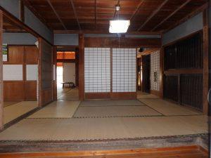 千葉県館山市小原の不動産、古民家、別荘用途、飲食関係、柱などの躯体はご立派です