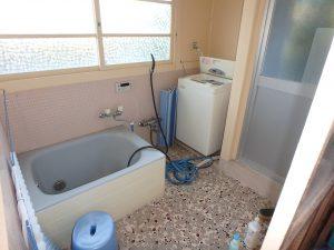 千葉県館山市小原の不動産、古民家、別荘用途、飲食関係、浴室になります