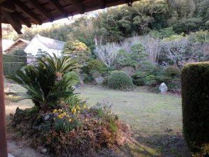 千葉県館山市小原の不動産、古民家、別荘用途、飲食関係、外に出てみます