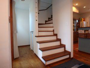 千葉県館山市長須賀の不動産、中古戸建て、築浅、移住、二地域居住、続いて2階へ
