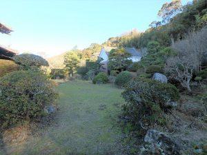 千葉県館山市小原の不動産、古民家、別荘用途、飲食関係、静寂で落ち着いた庭園