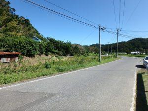 千葉県南房総市富浦町深名の不動産、古民家、富浦インター近く、別荘、移住、田舎暮らし、進入通路前は県道です