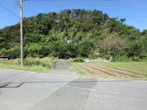 千葉県南房総市富浦町深名の不動産、古民家、富浦インター近く、別荘、移住、田舎暮らし、道路から見てみます
