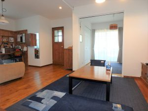 千葉県館山市長須賀の不動産、中古戸建て、築浅、移住、二地域居住、温水床暖房も完備してます