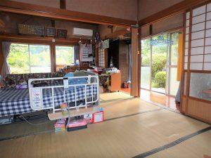 千葉県夷隅郡大多喜町堀切の不動産、田舎暮らし、移住、入ってすぐの6帖続き