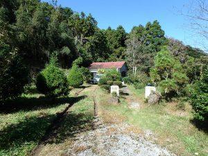 千葉県鴨川市川代の不動産、山林、別荘、キャンプ場用地、一応建物があります