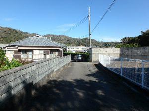 千葉県南房総市白浜町根本の不動産、海が見える土地、別荘用地、接道のようすです