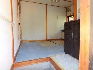 千葉県鴨川市川代の不動産、山林、別荘、キャンプ場用地、室内の様子を少し