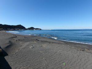 千葉県館山市波左間の不動産、中古別荘、海の近く、コンパクトな建物、海水浴場まで徒歩6分