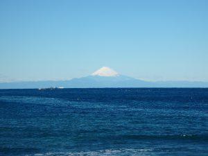千葉県館山市波左間の不動産、中古別荘、海の近く、コンパクトな建物、海に出れば富士山も