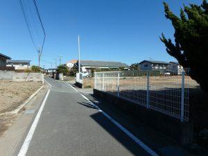 千葉県館山市八幡の不動産、土地、住宅用地、道路は館山市道です