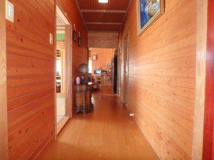 千葉県南房総市白浜町滝口の不動産、海が見える別荘・保養所、海一望、廊下を通り奥の部屋に