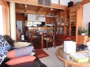 千葉県鴨川市天面の不動産、海が見える家、海前、別荘、LDKは18帖あります