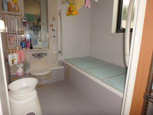 千葉県鴨川市東町の不動産、中古戸建て、積水ハウス施工、続いてバスルーム