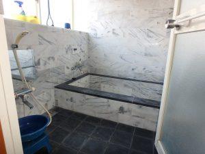 千葉県南房総市白浜町滝口の不動産、海が見える別荘・保養所、海一望、凝って造った浴室